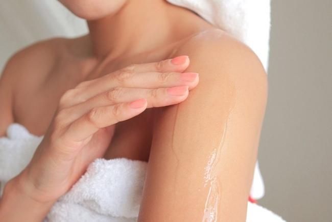 làm sạch sâu da để dưỡng trắng da hiệu quả