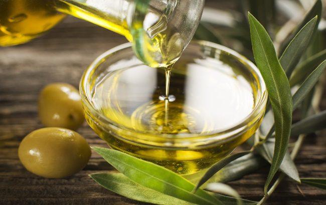 dầu oliu mọc tóc