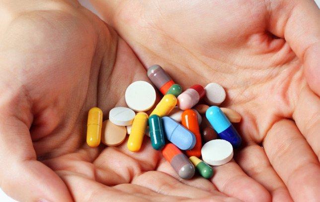 cách trị mụn dị ứng da mặt bằng thuốc