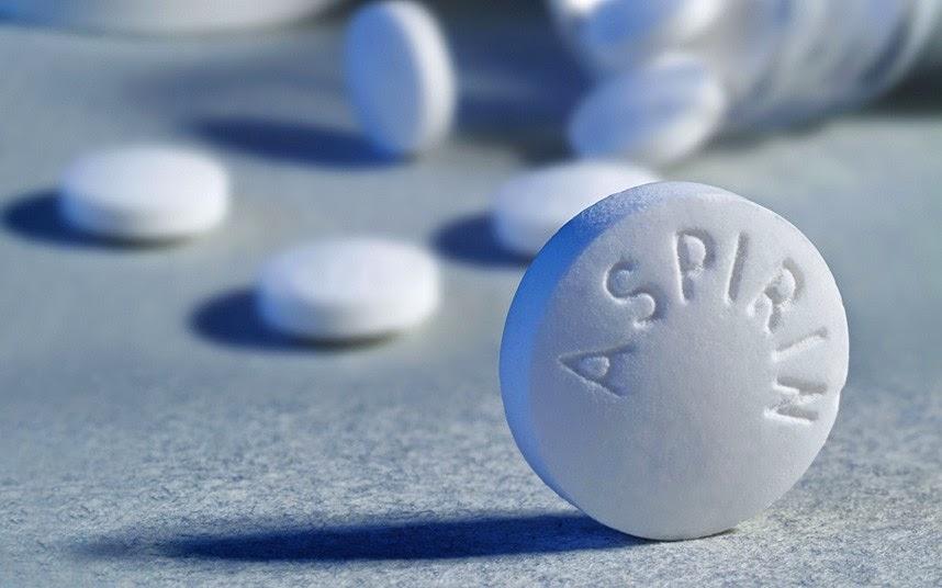 thuốc aspirin giảm mụn sưng