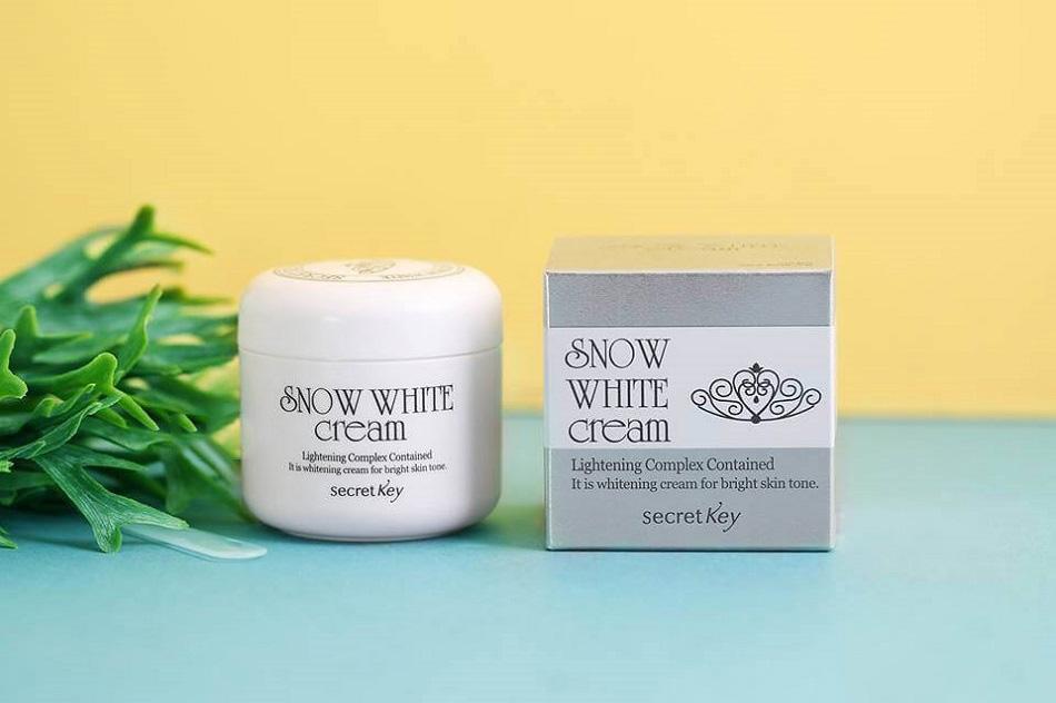 Kem dưỡng trắng da mặt Snow White Cream