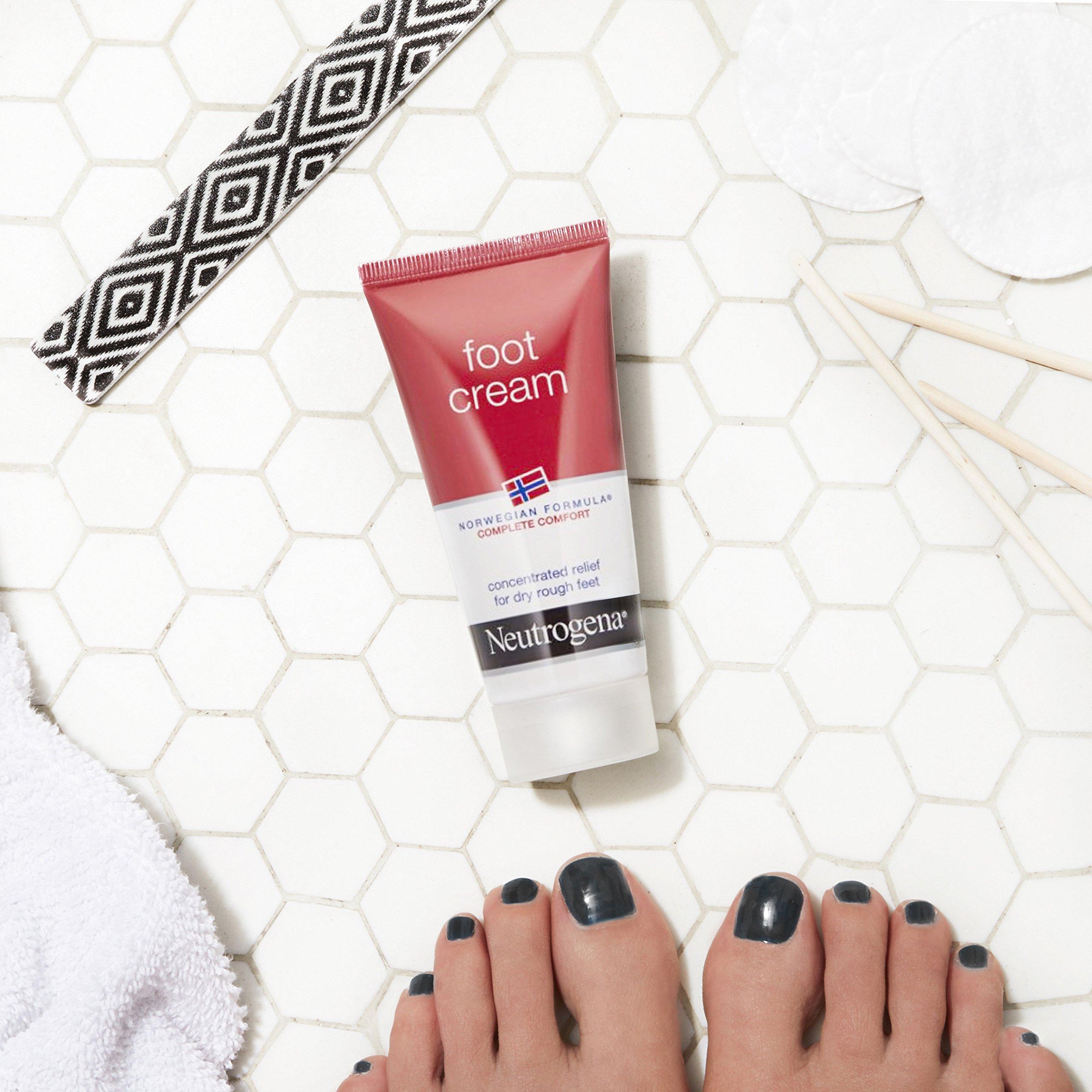 Dưỡng ẩm sáu, làm mềm các vết nứt gót chân - Neutrogena Norwegian Formula Foot Cream